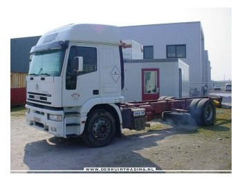 Iveco 260E 27 4X2 long chassis - chassis lastebil