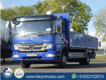 Flatbed lastebil Mercedes-Benz ATEGO 1229 manual 8+1 airco